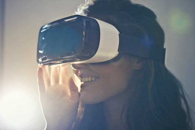 How Does VR and AR App Development Change the Real Estate Industry for the Better?